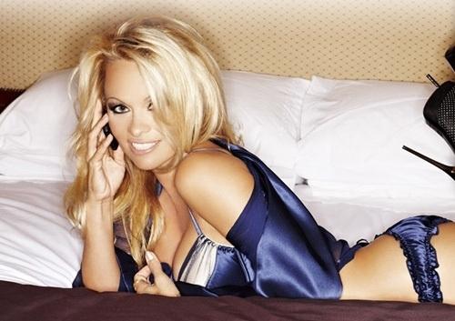 Pamela Anderson Wants You......