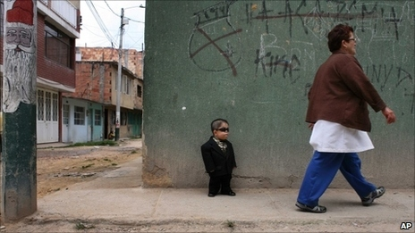 Colombian Declared World's Shortest Man