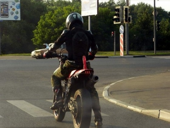 How To Get Your Girlfriend On The Back Of Your Motorcycle [NSFW]