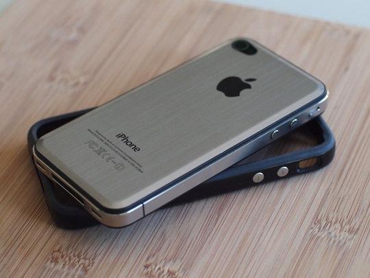 Metal iPhone