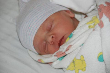 Lance Armstrong Newborn Baby Already Has a Twitter Account