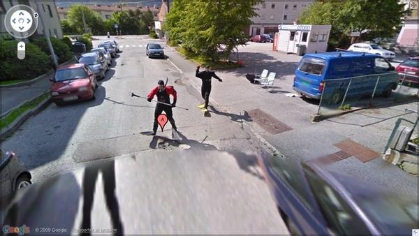 Frogmen Chase Google Car