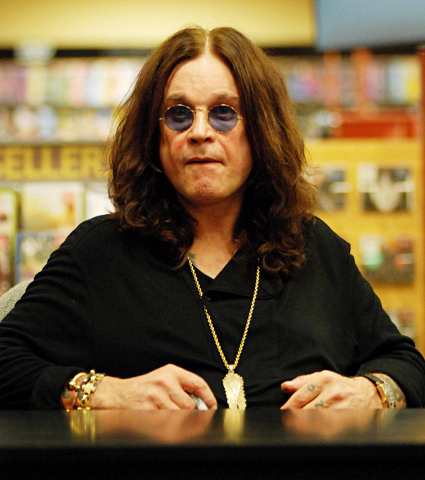Ozzy Osbourne News 2010: Ozzy Osbourne Makes Fans Scream's: Lyrics, Biography, Family