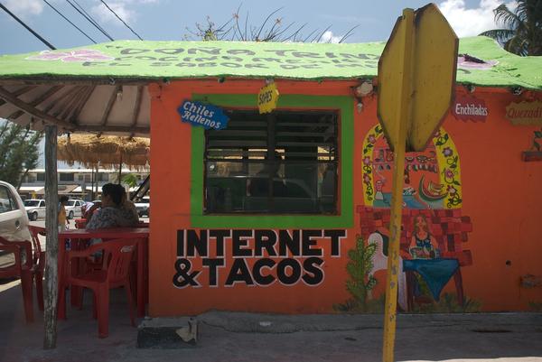Internet & Tacos