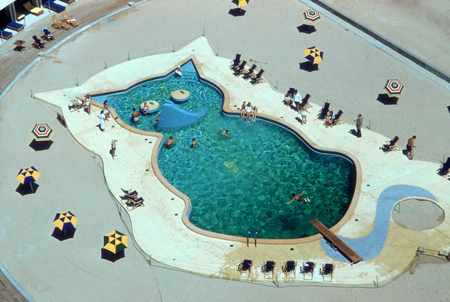 Kitty Swimming Pool
