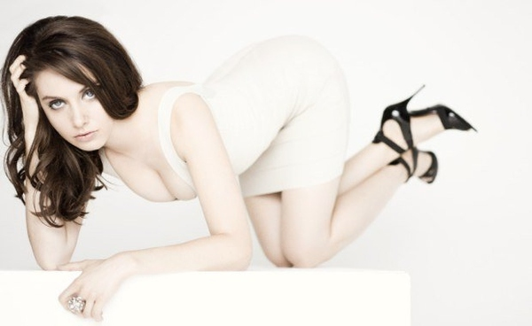 Alison Brie: Frontrunner, Cutest Girl Alive.
