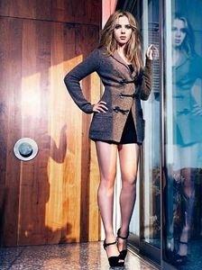 Scarlett Johansson is Mango Marvelous