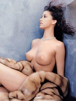 Young virgin girls nude pic