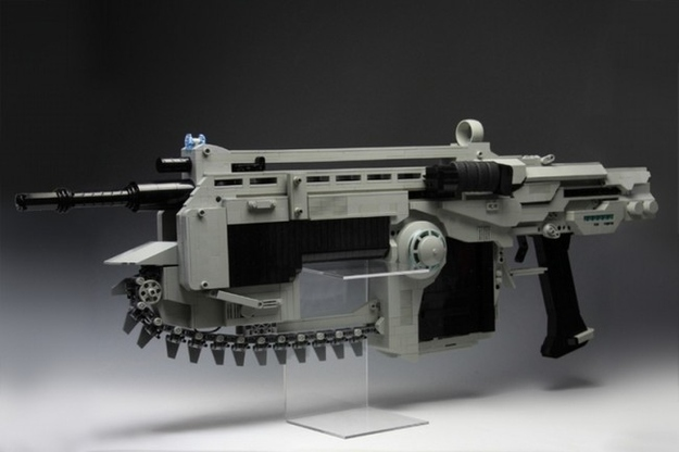 LEGO Lancer Assault Rifle Boasts Spinning Chainsaw