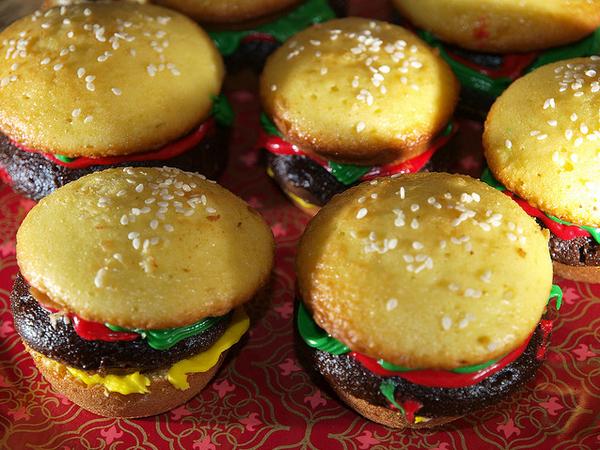 Chesseburger Cupcakes