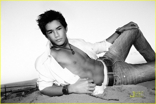 BooBoo Stewart Flips for Lunchbox Magazine