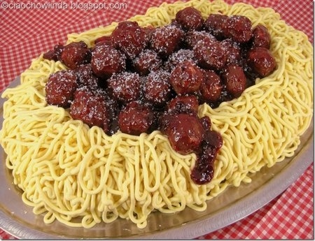 Spaghetti & Meatballs Cake