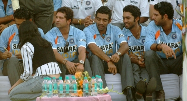 Why Sachin Tendulkar is Called Gentleman ?