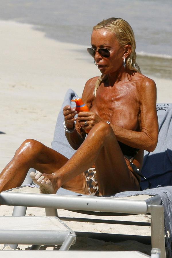 Donatella Versace Topless [NSFW]