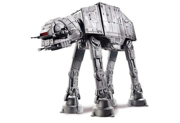 Hasbro Highly Detailed Star Wars AT-AT Model