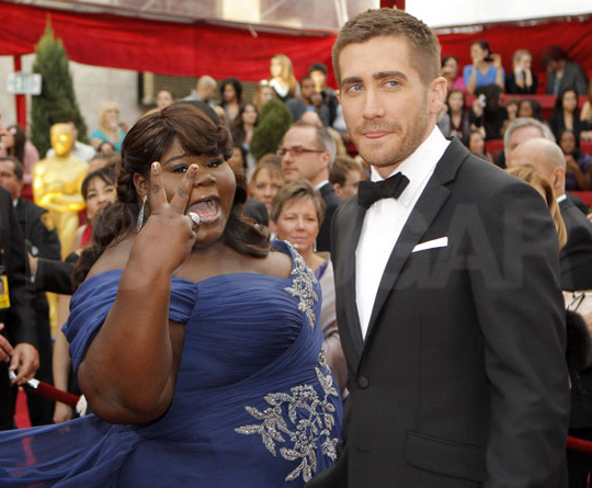 Gabourey Sidibe Photobombs Jake Gyllenhaal
