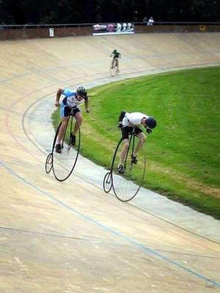 Hipster Bike Race