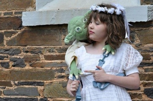 Yoda Helps Autistic Girl Attend Wedding