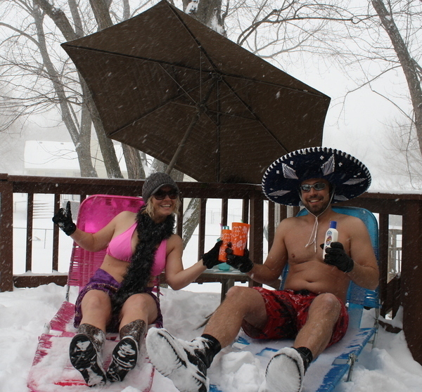 Pictures: Baring It In The Blizzard