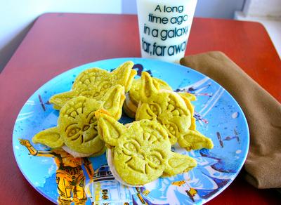 Yoda Oreo Cookies