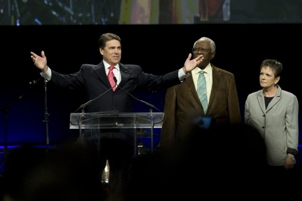 Rick Perry Announces Presidential Bid For 2012 Election