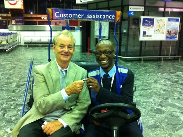Bill Murray And Network Rail Employee Stuck In Chinese Finger Trap