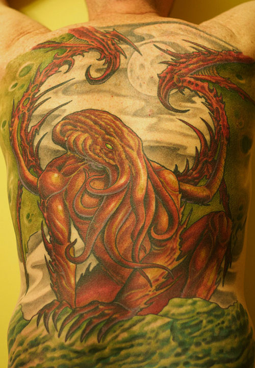 7 MONSTEROUS CTHULHU TATTOOS – THE EVIL BEING AWAKENS ON HUMAN SKIN