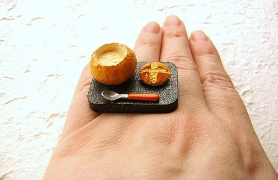Soup-In-A-Bread-Bowl Ring