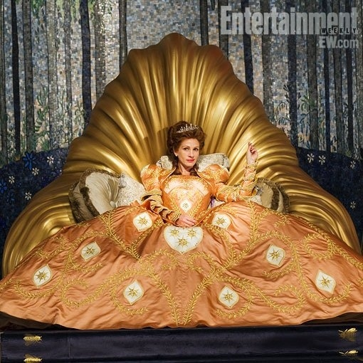 Check Out Julia Roberts As the Evil Queen in Tarsem Singh's Snow White