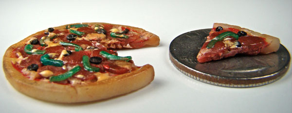 World's Tiniest Pizza