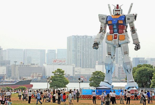 I Take Your Big [Anything] and Raise You a Gundam