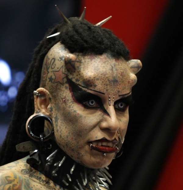 Vampire Woman Gets Horns Implanted