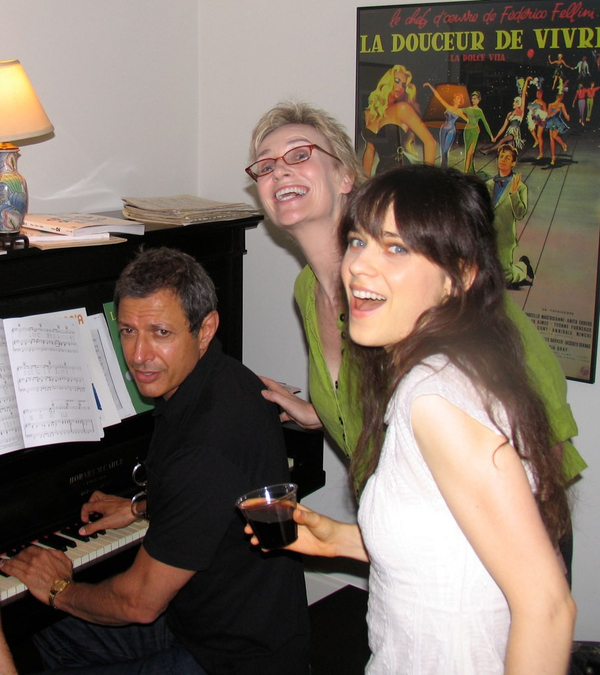 Jeff Goldblum Playing Piano For Zooey Deschanel And Jane Lynch
