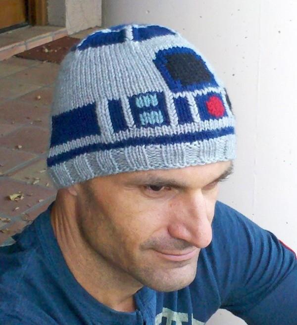 Badass R2-D2 Beanie!