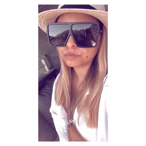 EstellaB's avatar