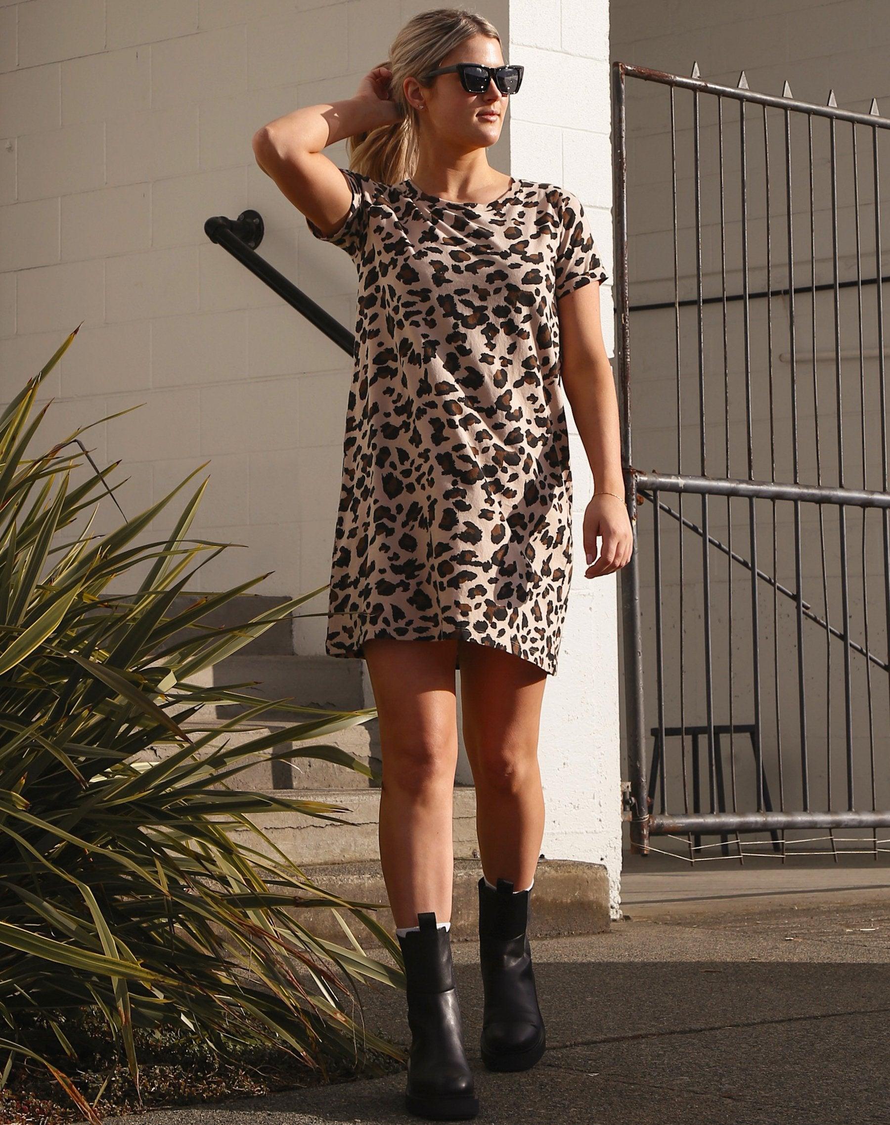 model wearing the leopard t-shirt dress