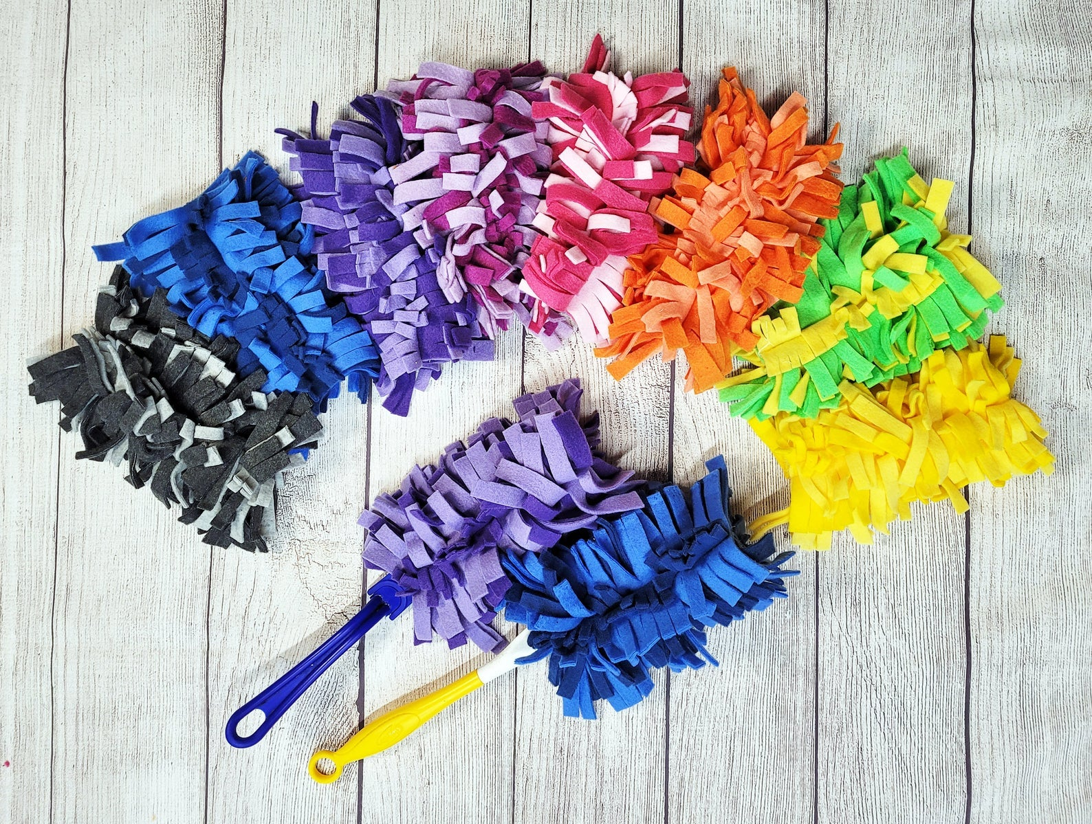 various colors of the reusable dusters