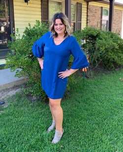 another reviewer wearing the blue version with gray booties