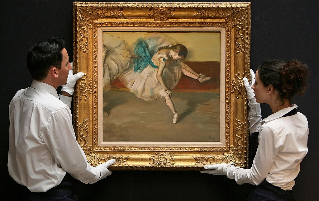 Degas' painting of a ballerina stretching