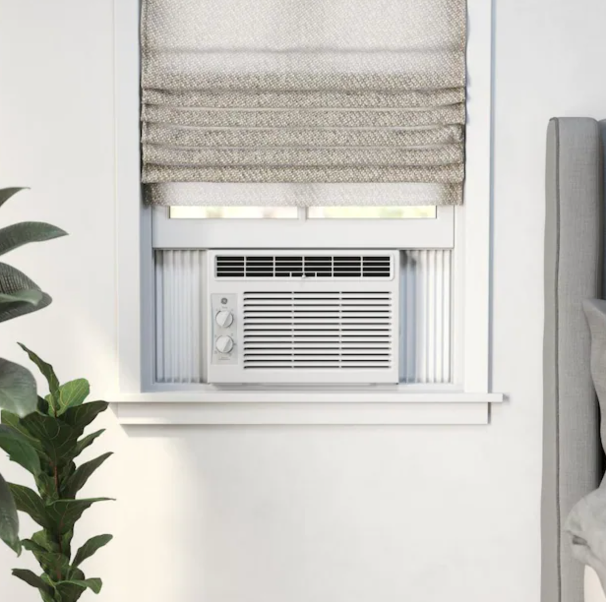 photo of the window A/C in a bedroom window