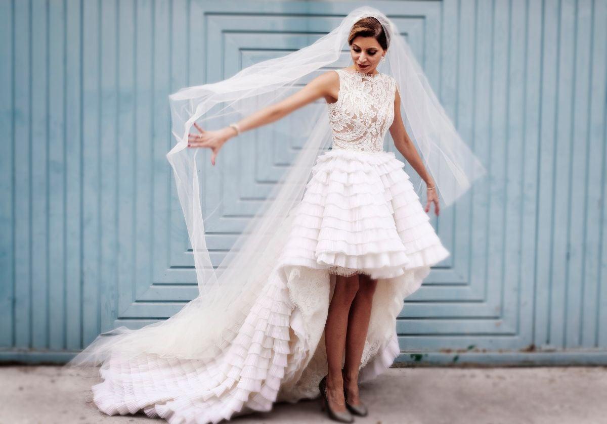 high-low skirt wedding dress