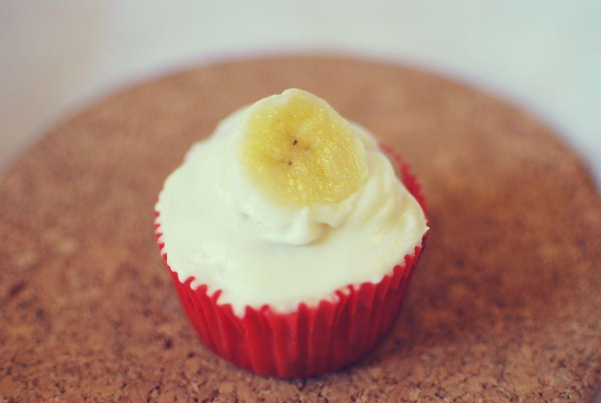 A banana cupcake