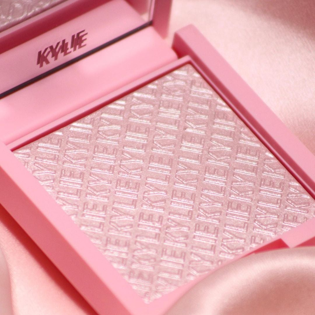 a pink highlighter with kylie printed into it