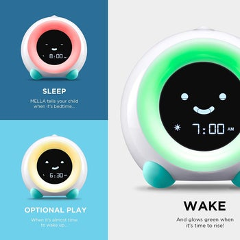 Children's clock with three different digitally-colored faces