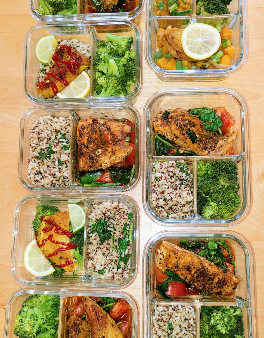 reviewer photo showing their glass containers filled with rice, broccoli and chicken