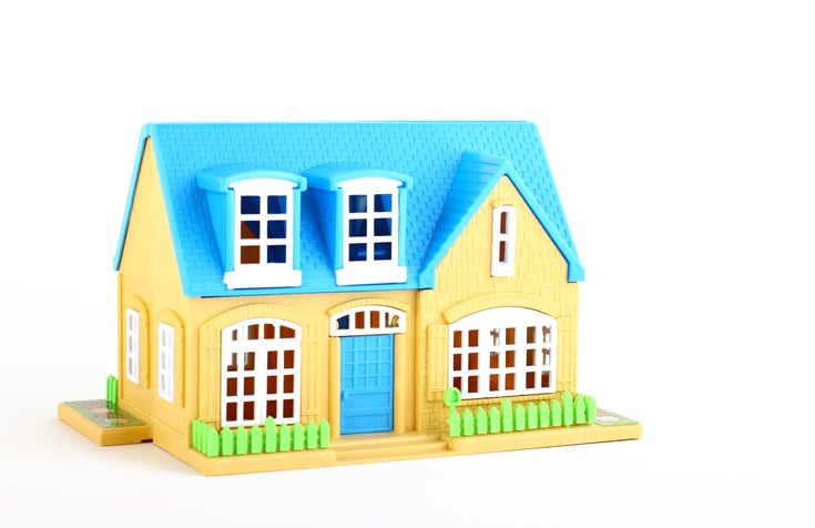 a toy dollhouse
