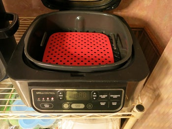 The red square liner in an air fryer