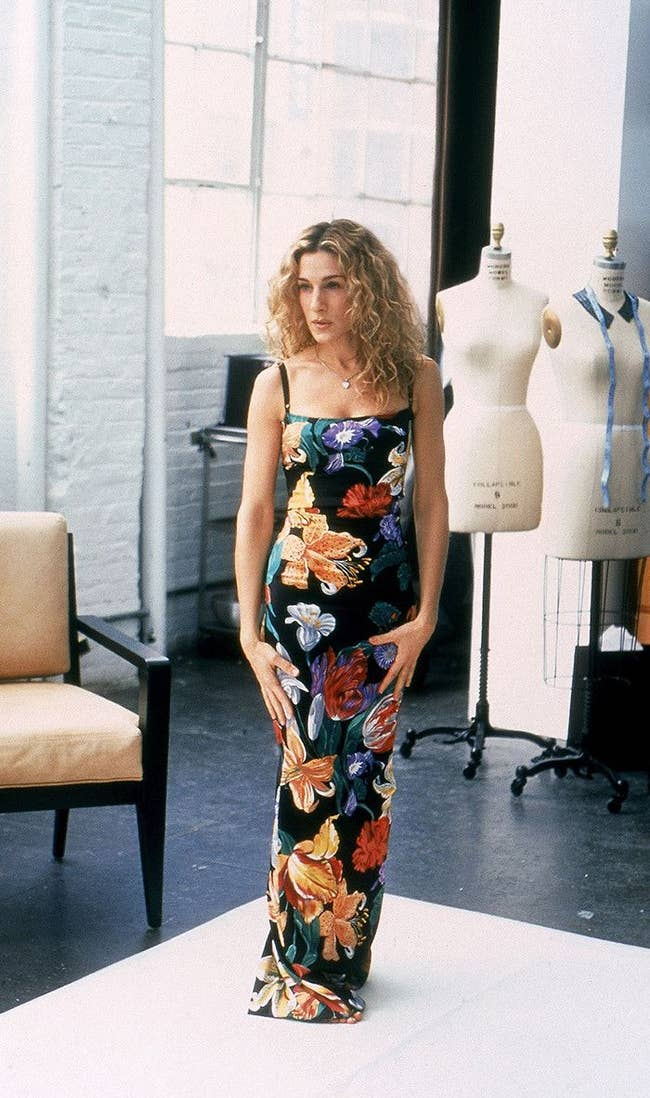 Quiz: Rate Carrie Bradshaw's Outfits And We'll Reveal When