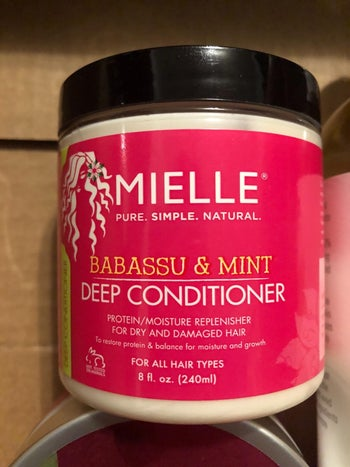 reviewer image of the tub of deep conditioner