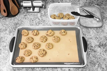 reviewer's cookies on the plain mat